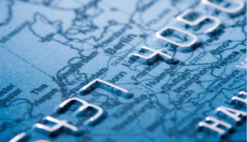 黄益平:所有的金融交易都应在监管之下